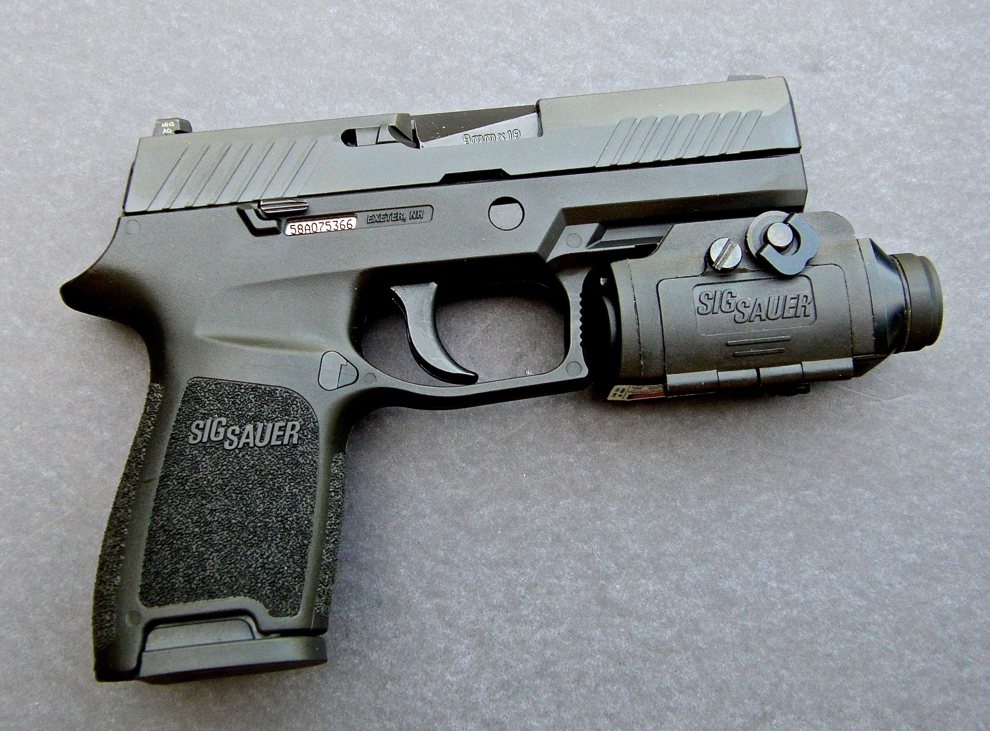 Modular Marvels: SIG Sauer P320 and P320 Compact Pistols | S W A T