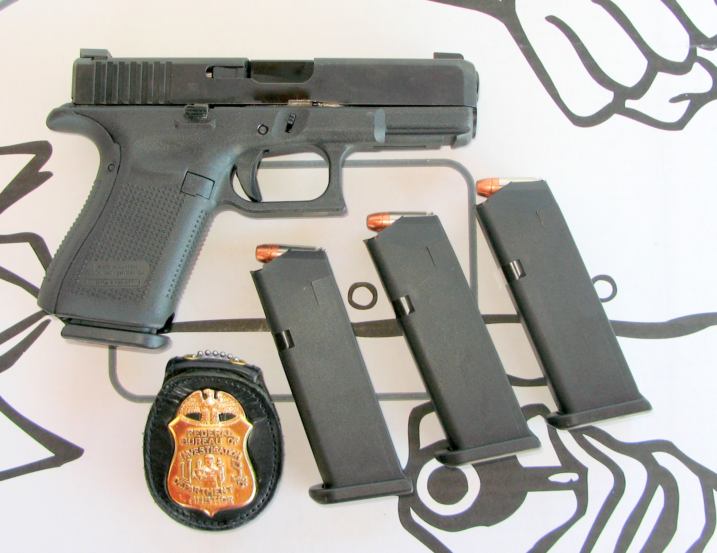 Fbi Issues New Pistol Glock 19m S W A T Magazine