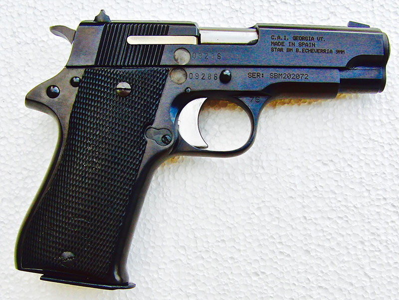 Right-side profile view of Star BM shows 1911 influence.