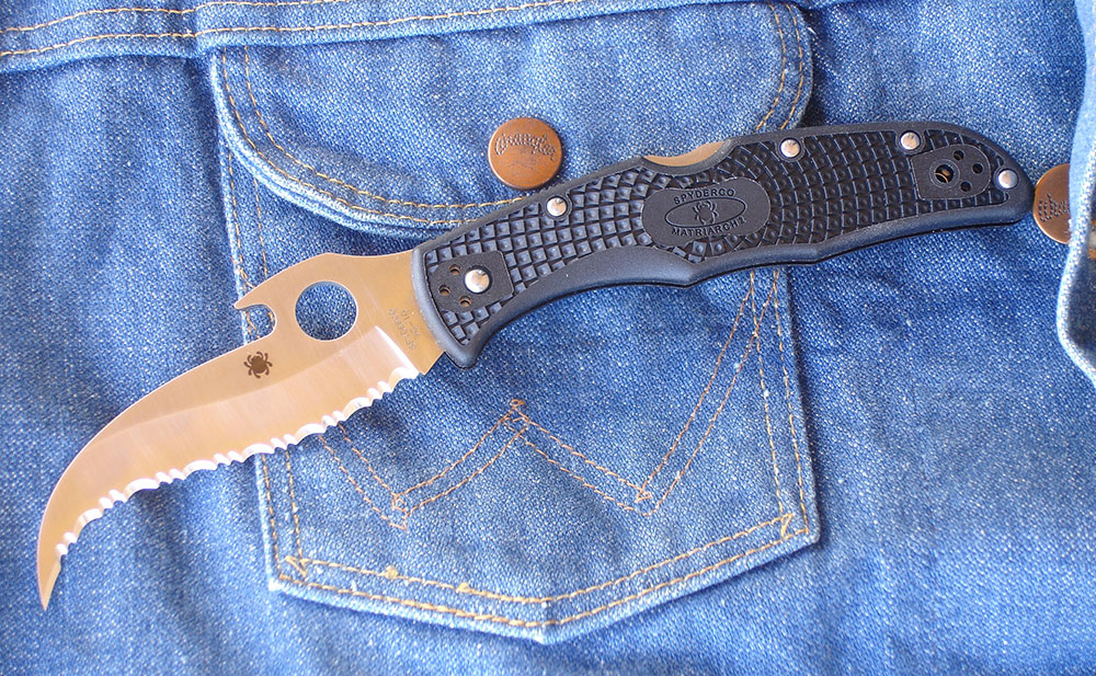 Matriarch 2 is a purpose-designed personal-protection tool that's based on the Spyderco Civilian, which was designed for federal undercover narcotics agents.