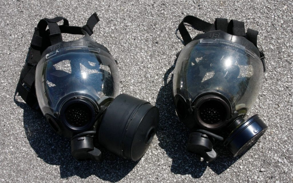 t S Wear w Good Operating Masks Mask Guys With Gas A a Magazine