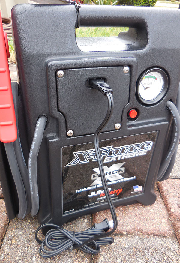 Built-in automatic charger keeps unit's battery charged and ready to go.
