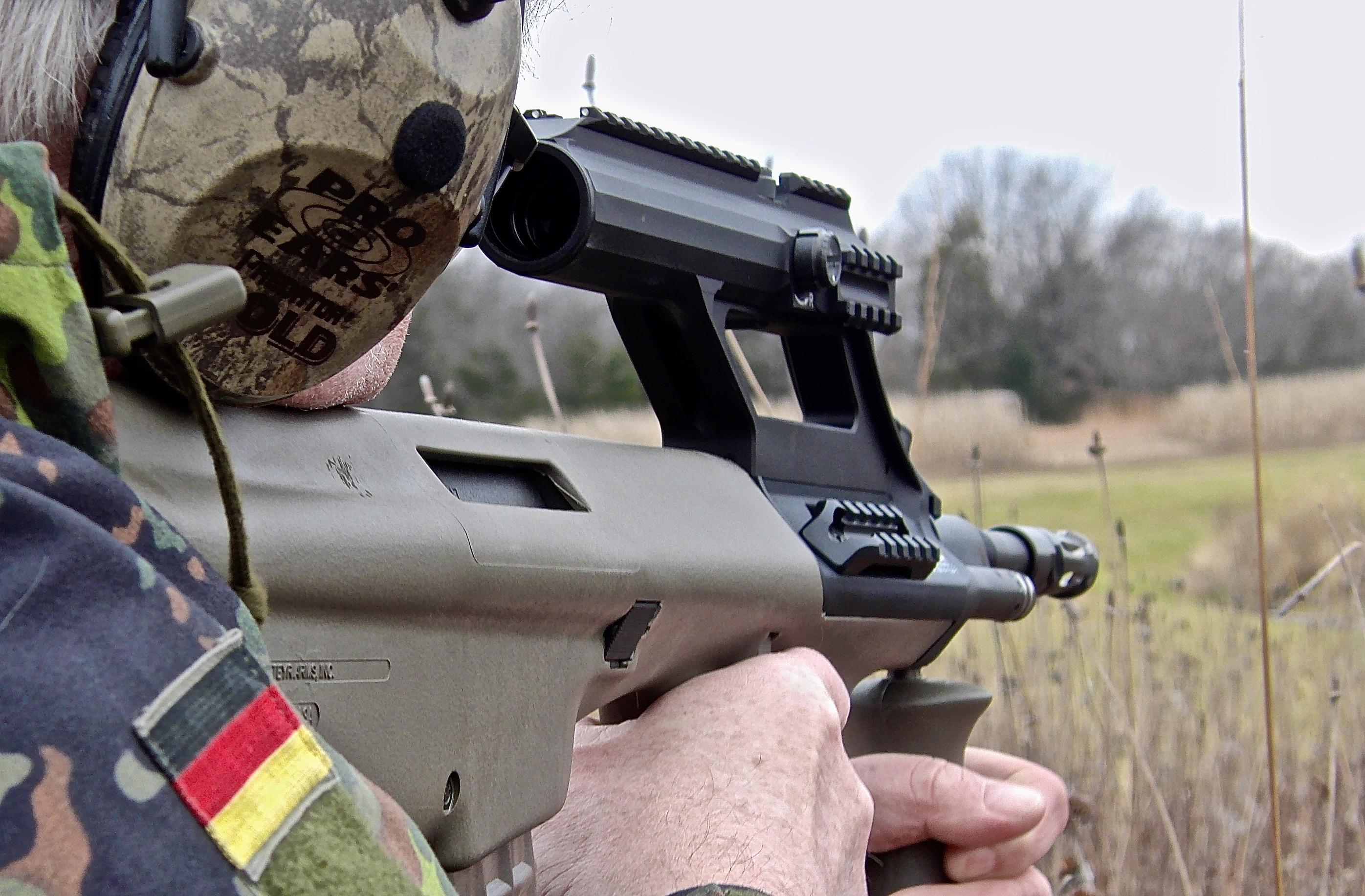 Long Guns: Steyr AUG A3 M1 | S W A T  Magazine
