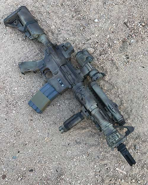This early CQBR MK18 MOD 0 clone is exactly like the ones used by SEALs during the middle 2000s in Afghanistan and Iraq.