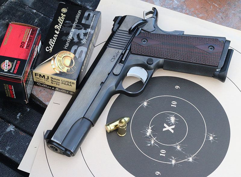Dan Wesson Valor with combined run of Single-Handed Half Test: five shots in seven seconds strong-hand only and five in 10 seconds with the support hand.