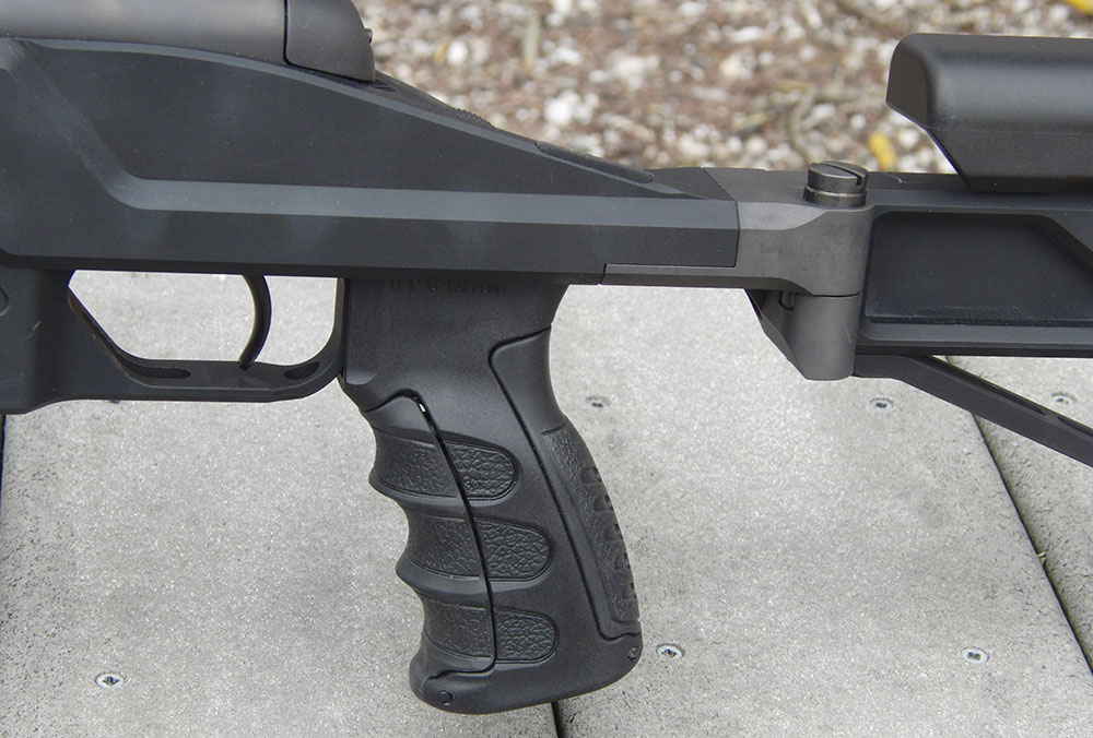 SSG 08's adjustable pistol grip is ergonomic and comfortable—a real aid to precision shooting.