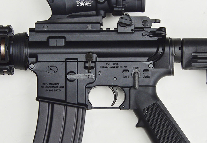 "Even though ""AUTO"" setting is inoperable since FN M4 is a semi-auto, it does have the military-type selector for GI appearance."