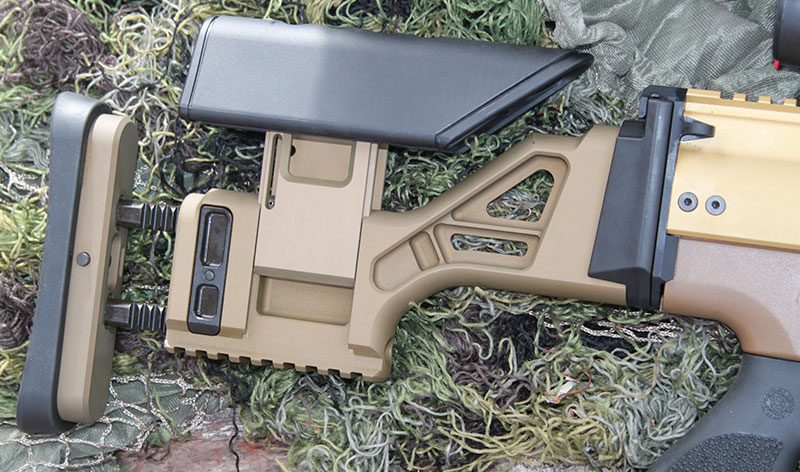 FN SCAR 20S buttstock is adjustable for length of pull and comb height.