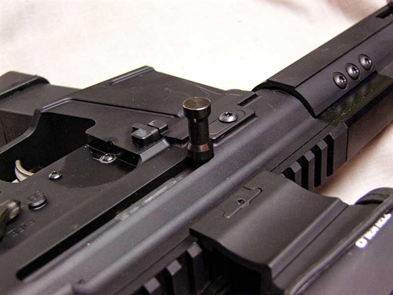 Alphawolf's side charging handle.