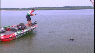 How your Bass Fishing is Influenced by the Boat Position