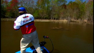Boat Position for Fishing Bass - Bass Fishing Video