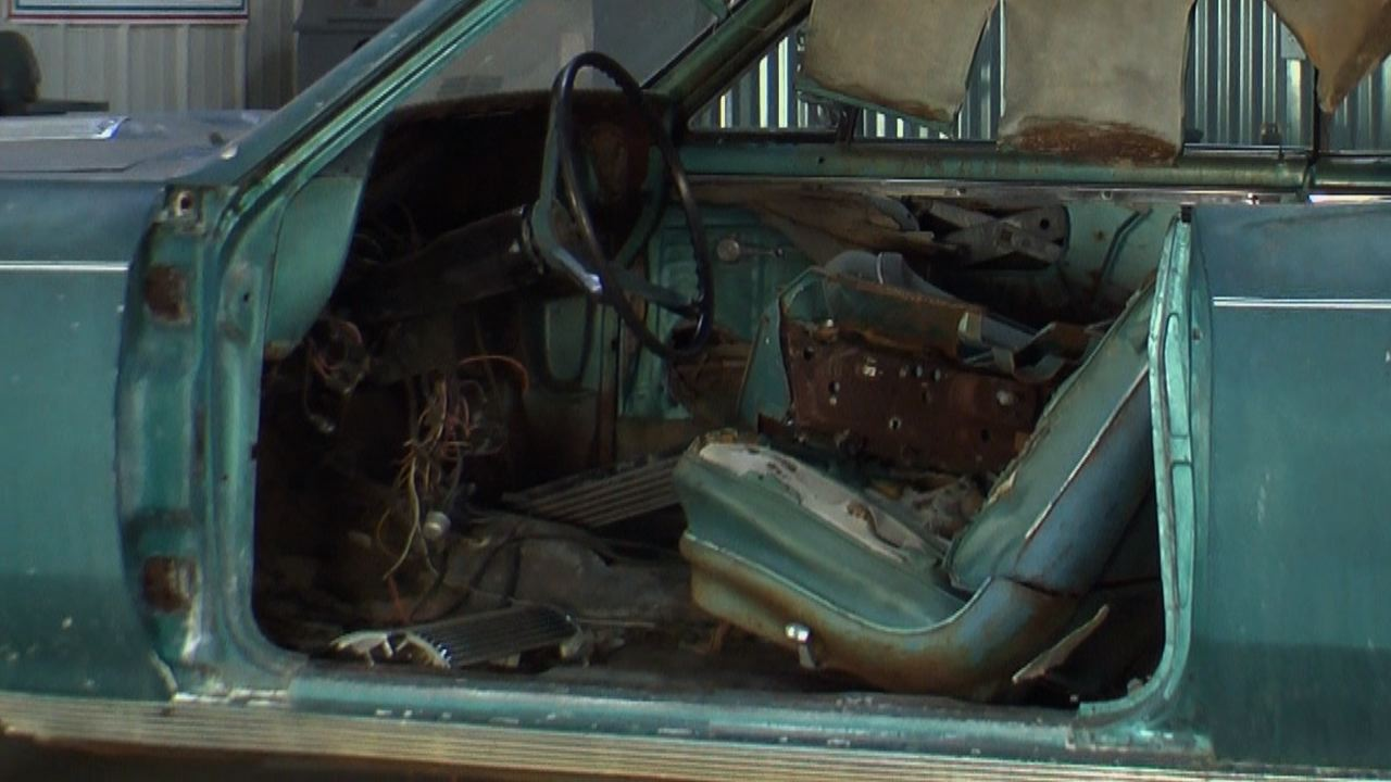 Cleanout And Inventory Of A 1967 Chevelle Classic Car