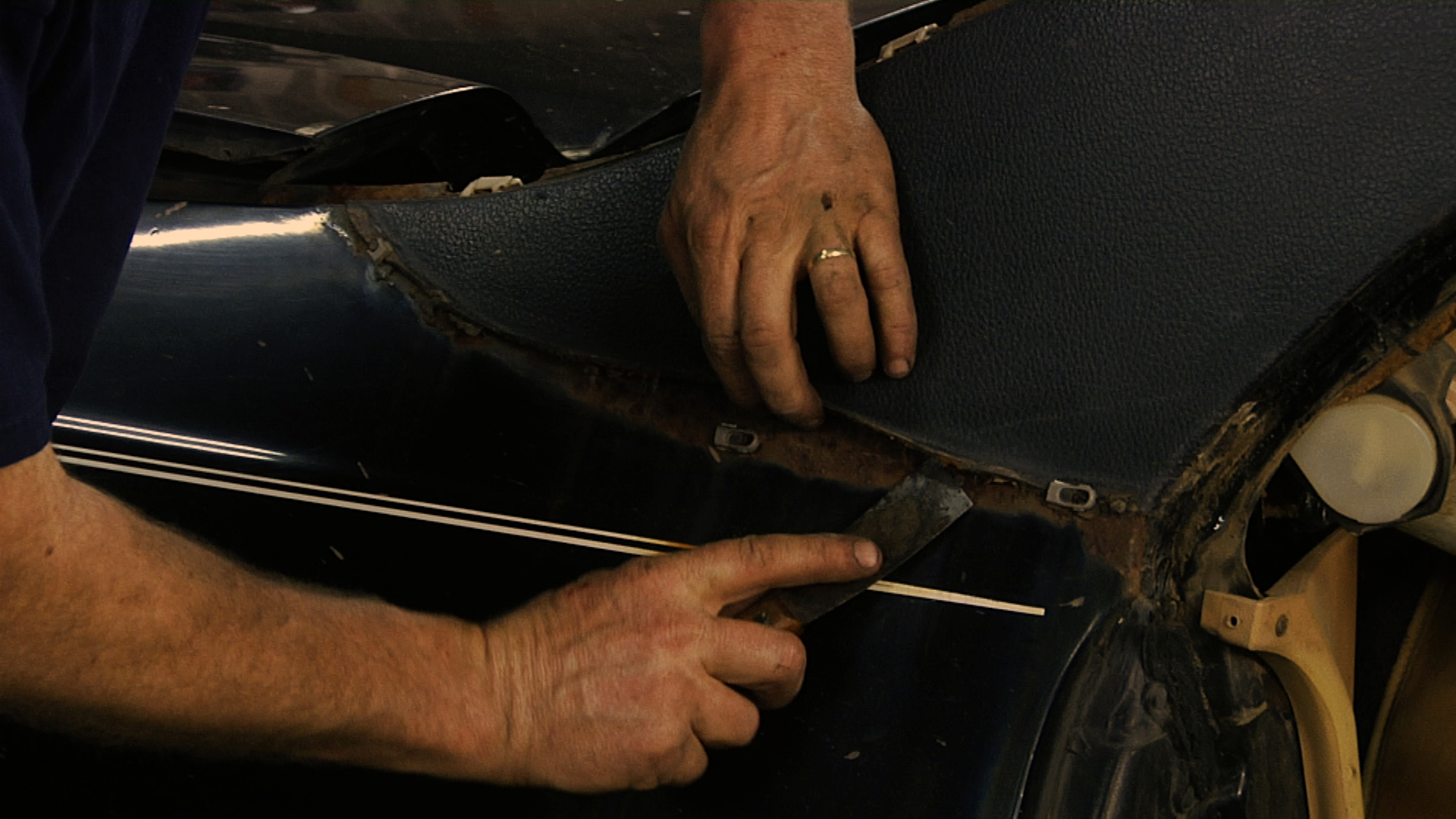 How To Remove A Landau Top
