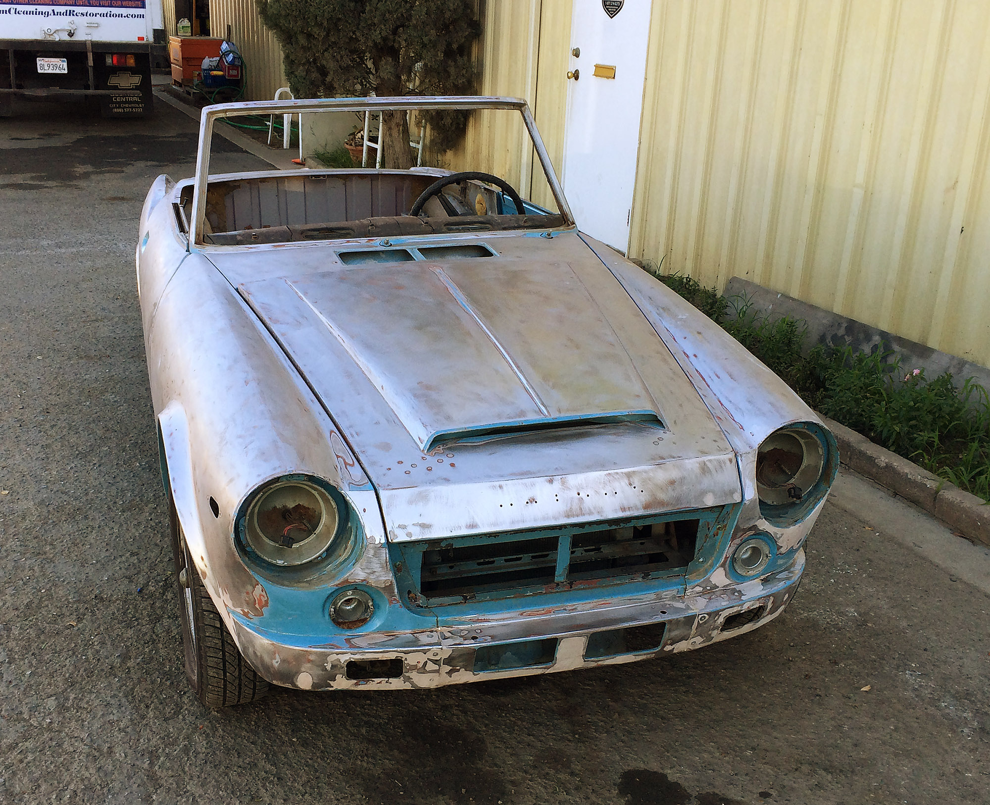 1969 Datsun Roadster 2000