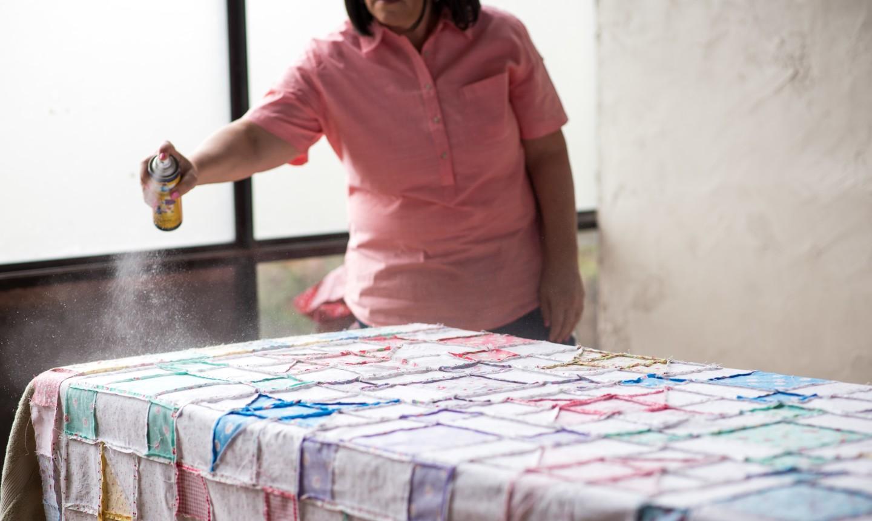 spray basting a quilt top