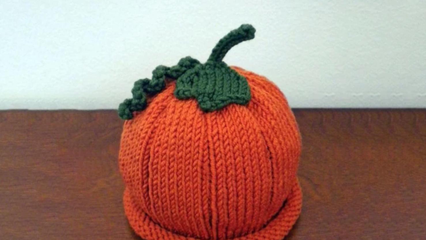 knit pumpkin hat