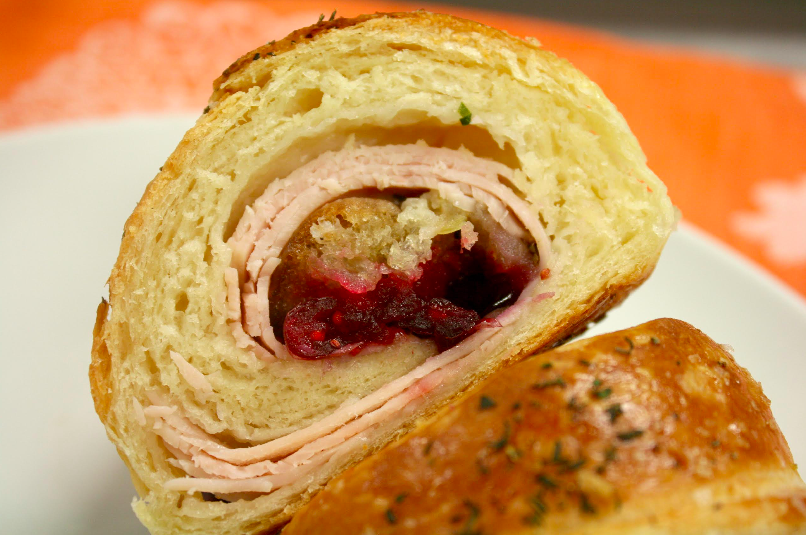 thanksgiving stuffed croissant