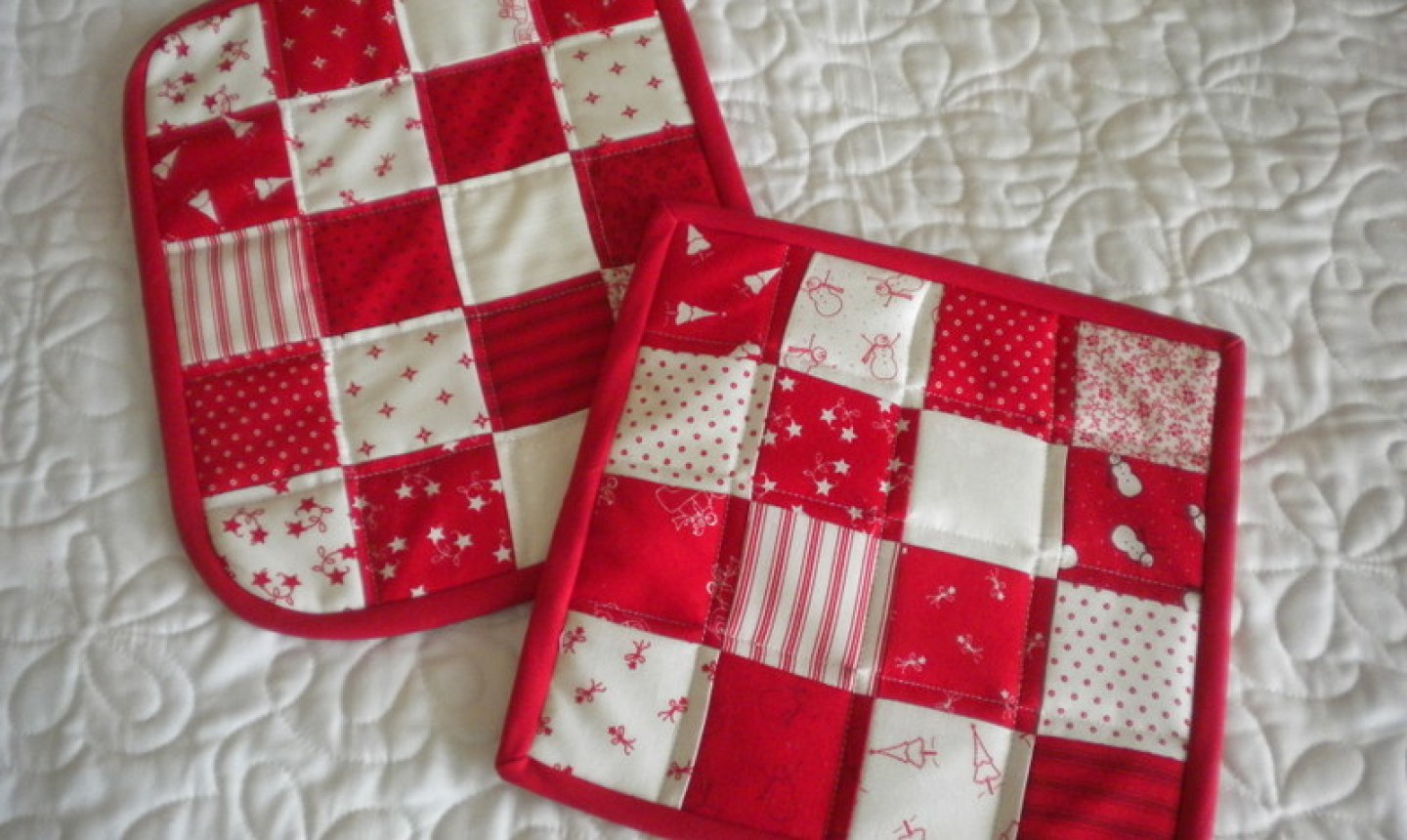 red checkered potholders