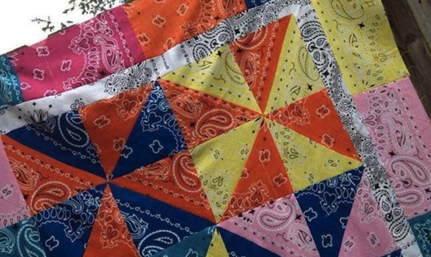 pinwheel quilt blocks made from bandanas