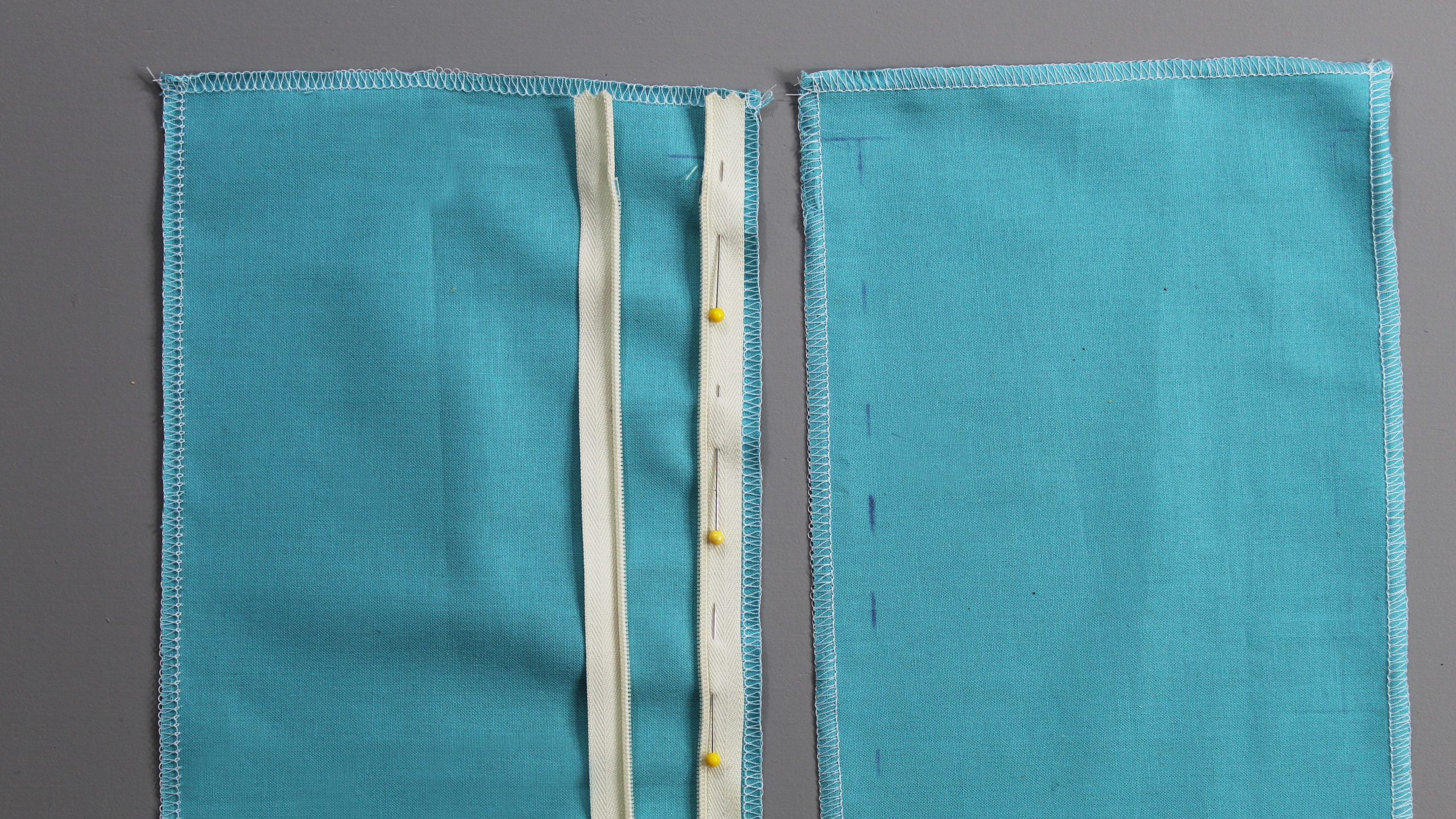 Zipper pinned to fabric