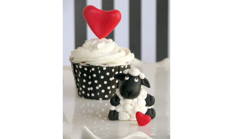 ewe cupcake
