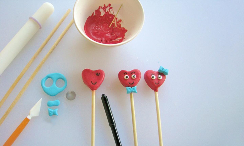 building valentine cake pops