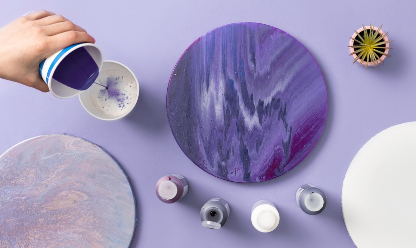 4 Fluid Painting Techniques To Try