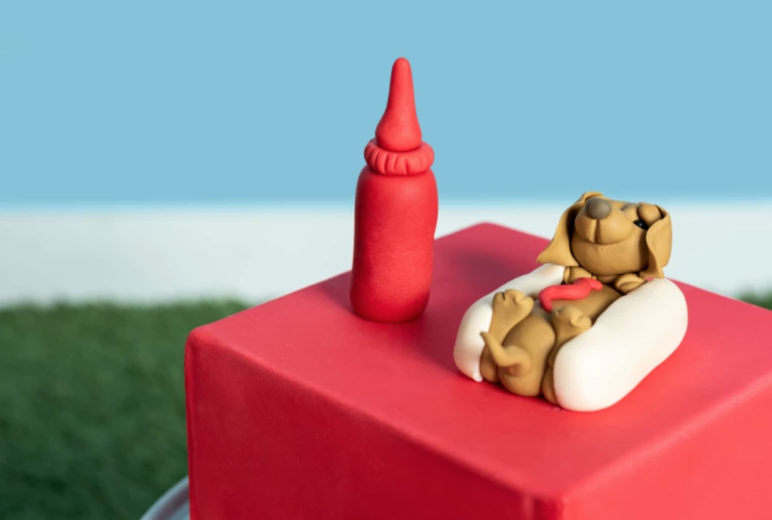 fondant hot dog cake topper