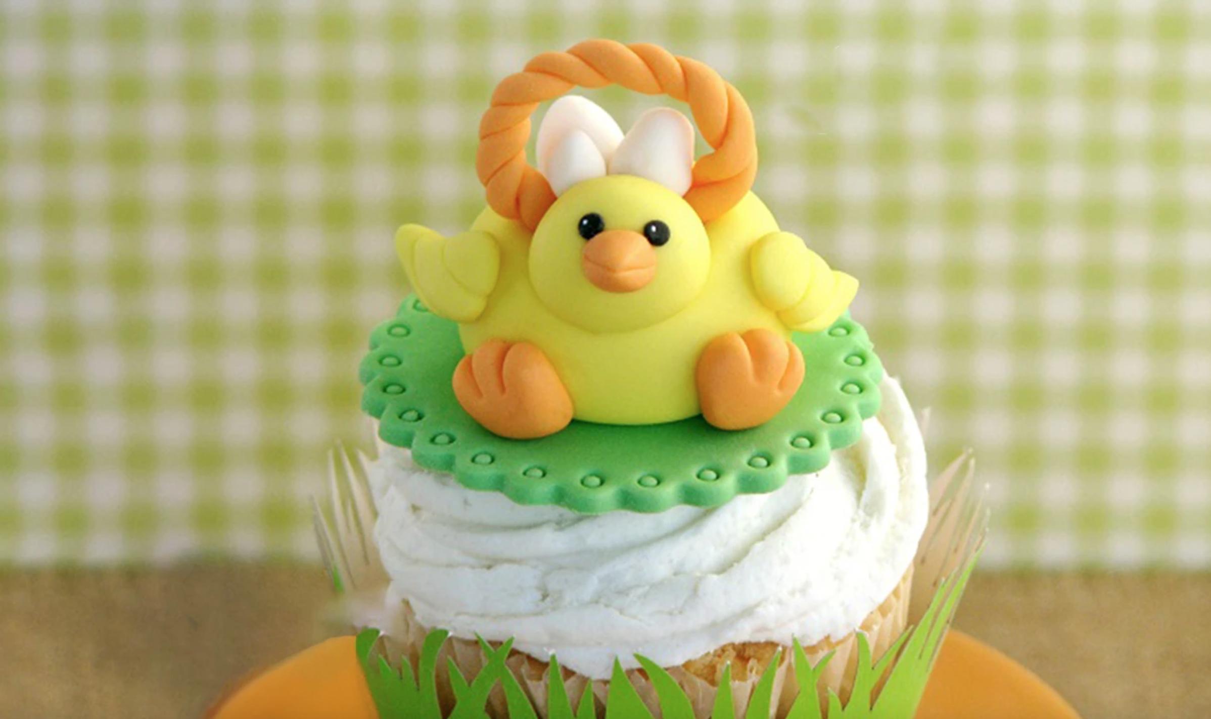 fondant easter chick cake topper