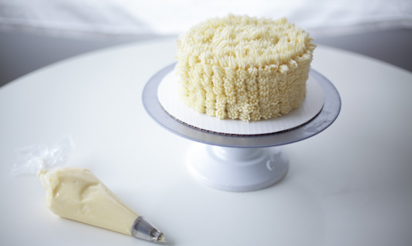 piped cake
