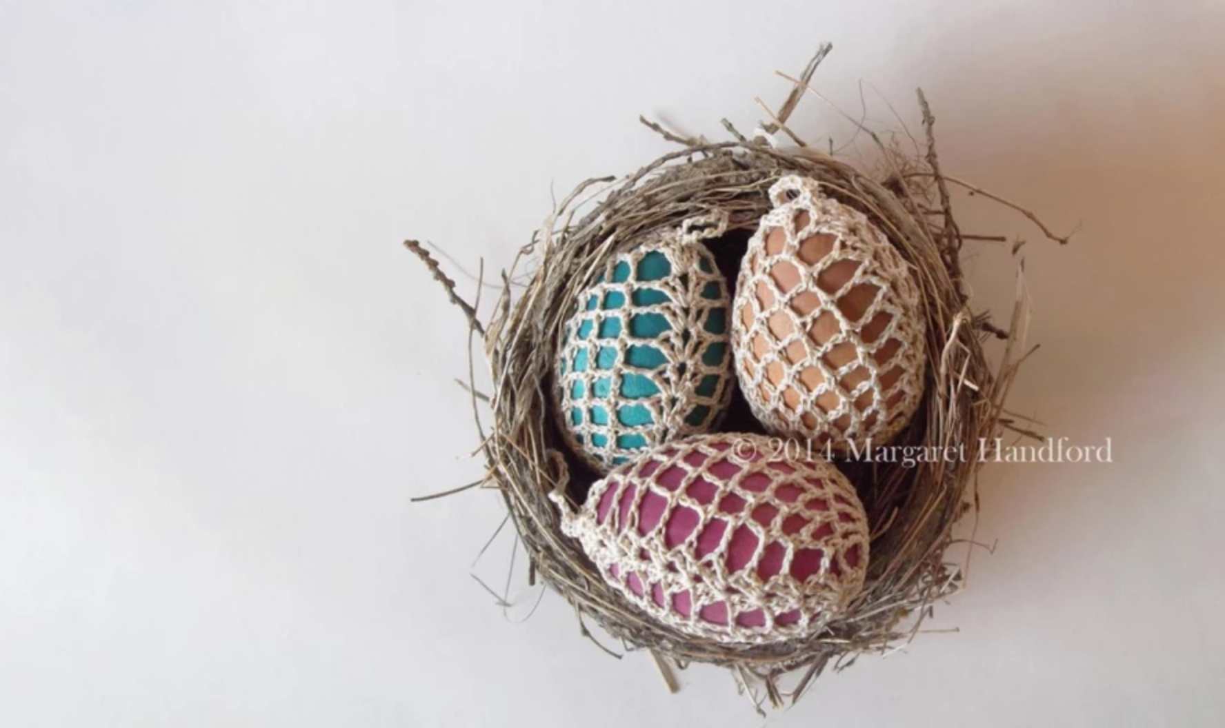 pineapple lace on easter eggs