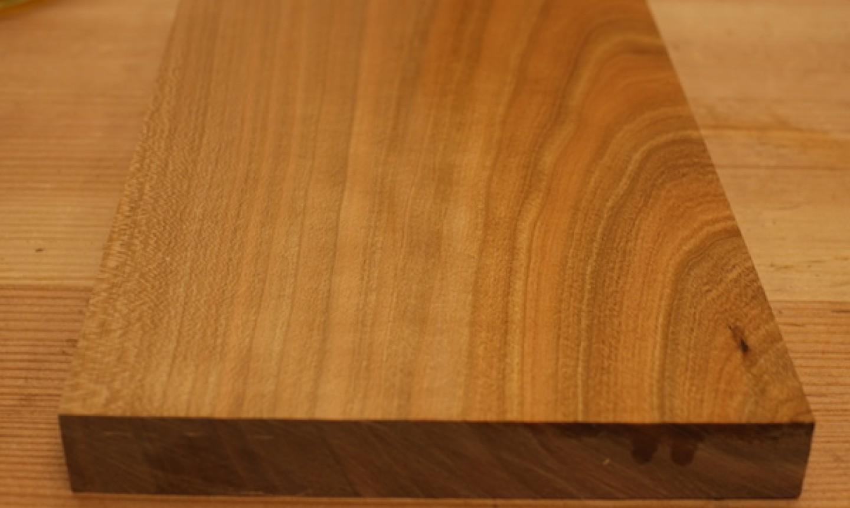 shellac on wood