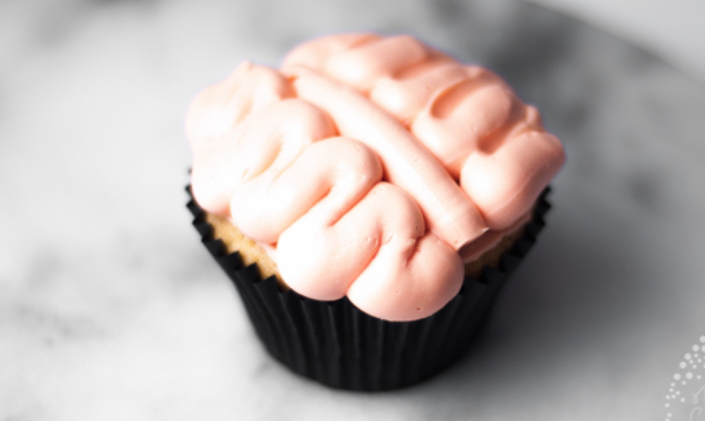 Cupcake with frosting brains