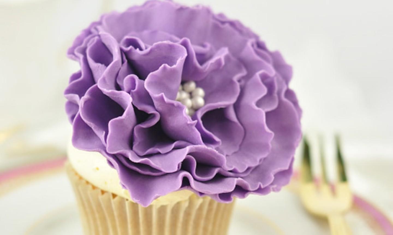 ruffle fondant flower