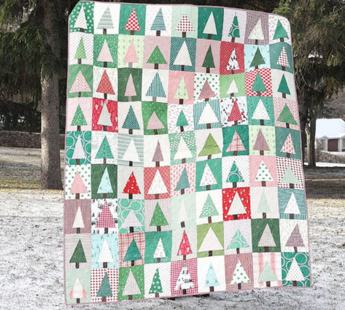modern christmas tree block quilt