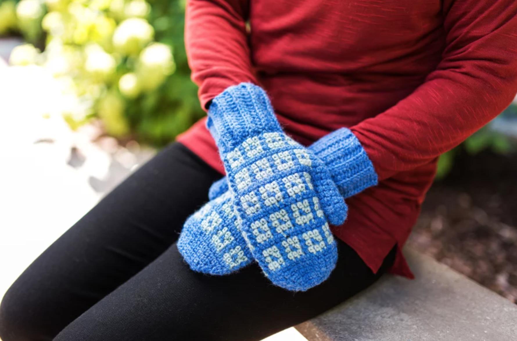 crochet blue mittens