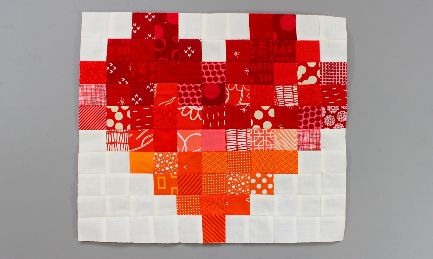 pixelated heart quilt block