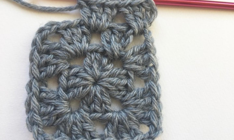 3 dc granny stitch row 3
