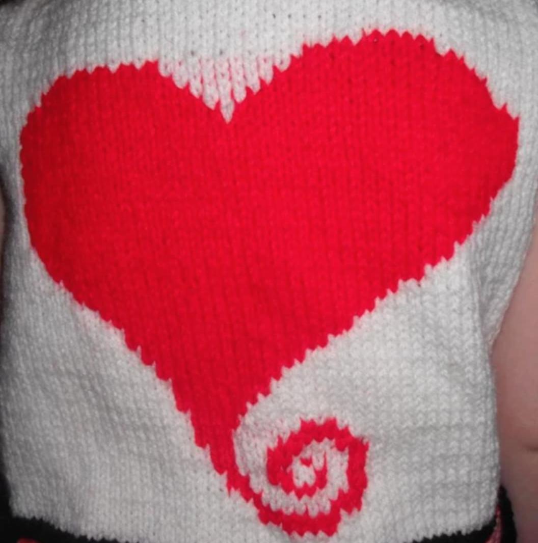 knit swirl heart
