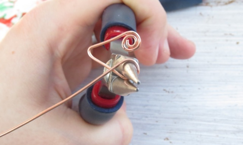 shaping heart headpin