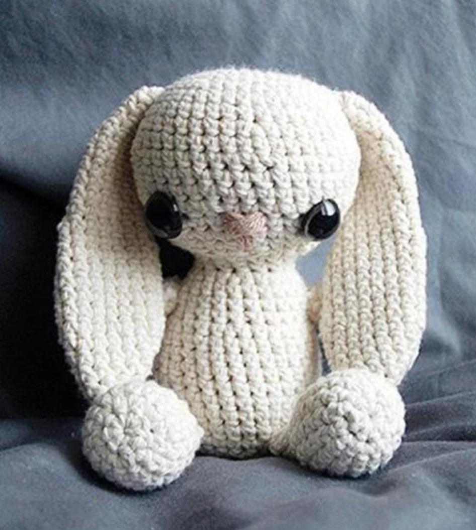 floppy bunny amigurumi