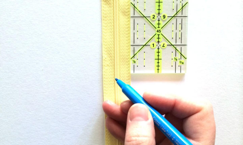 measuring yellow zipper