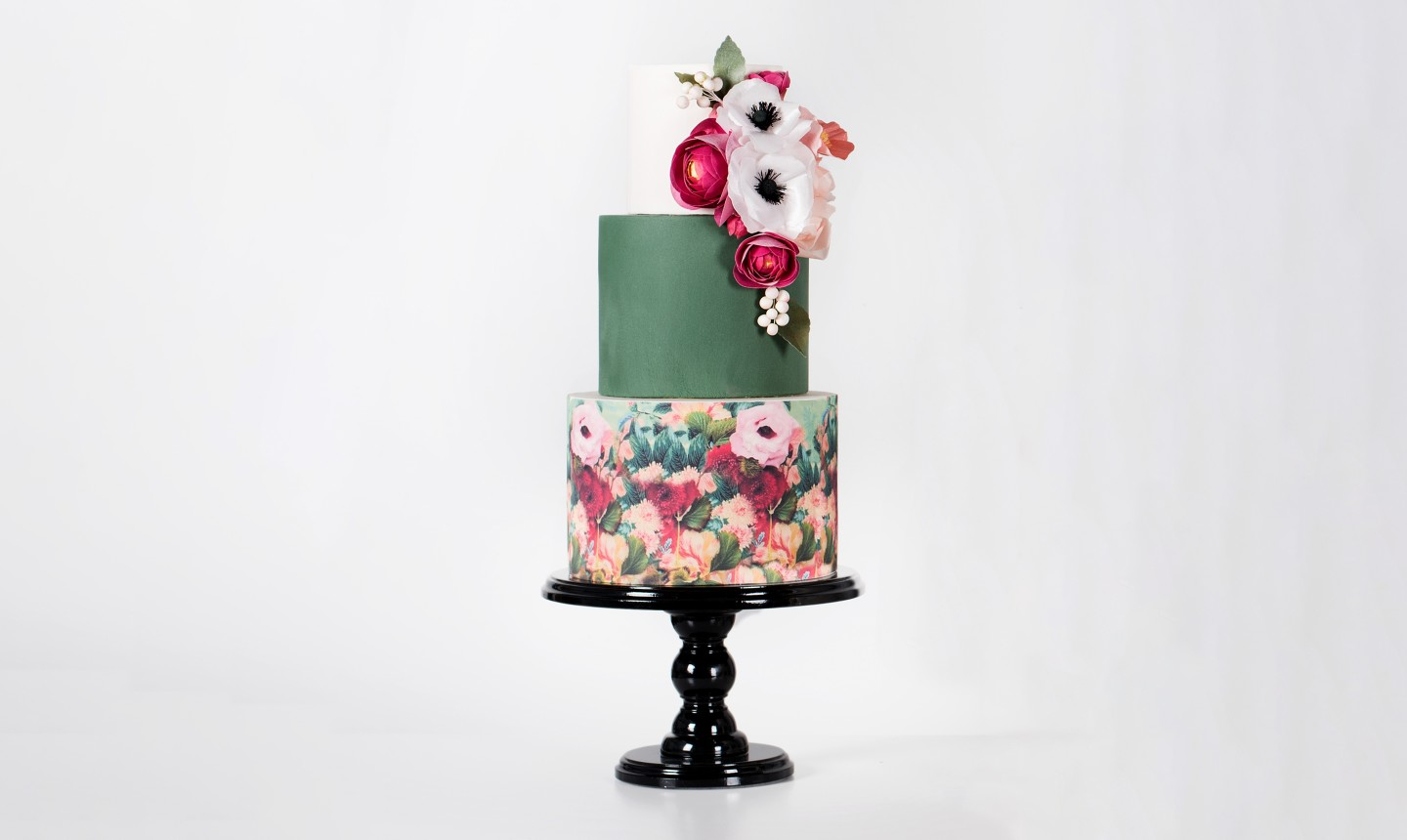 fondant and wafer paper cake