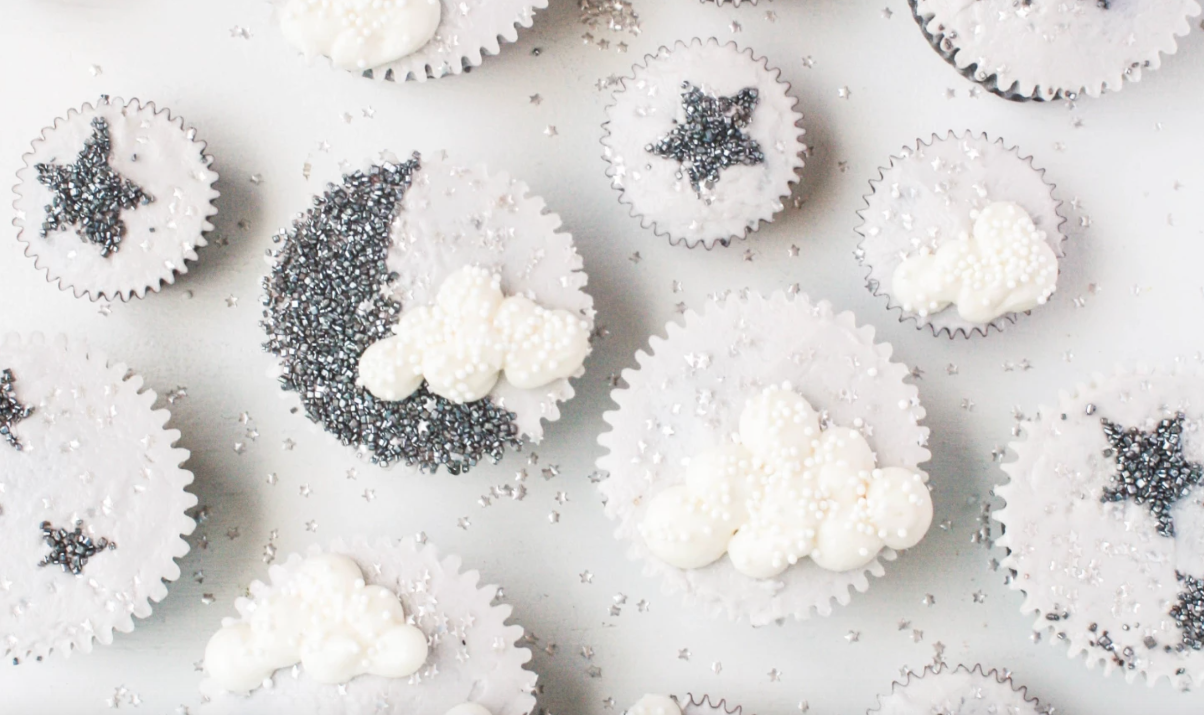sparkly moon and stars cupcakes