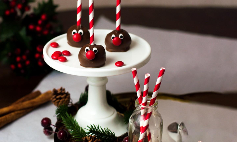 reindeer cake pop faces