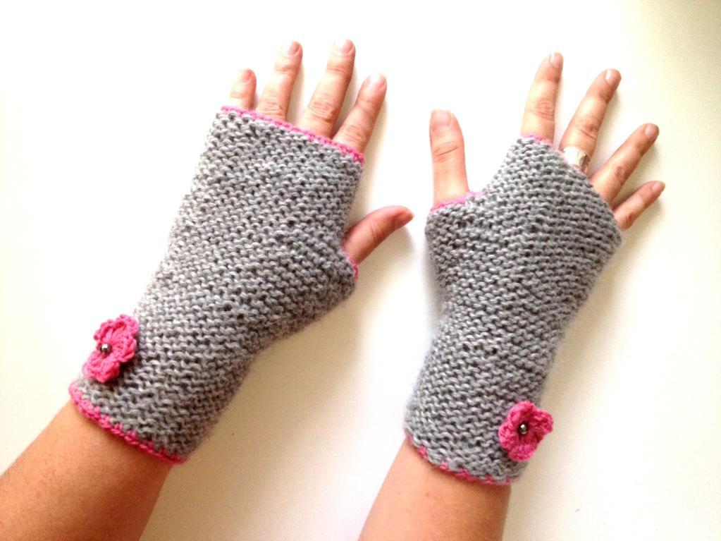 simple knit mitts
