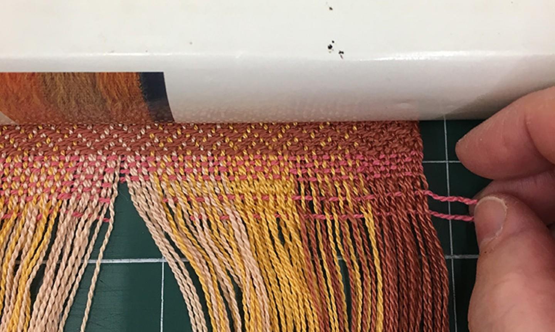making fringe scarf 1