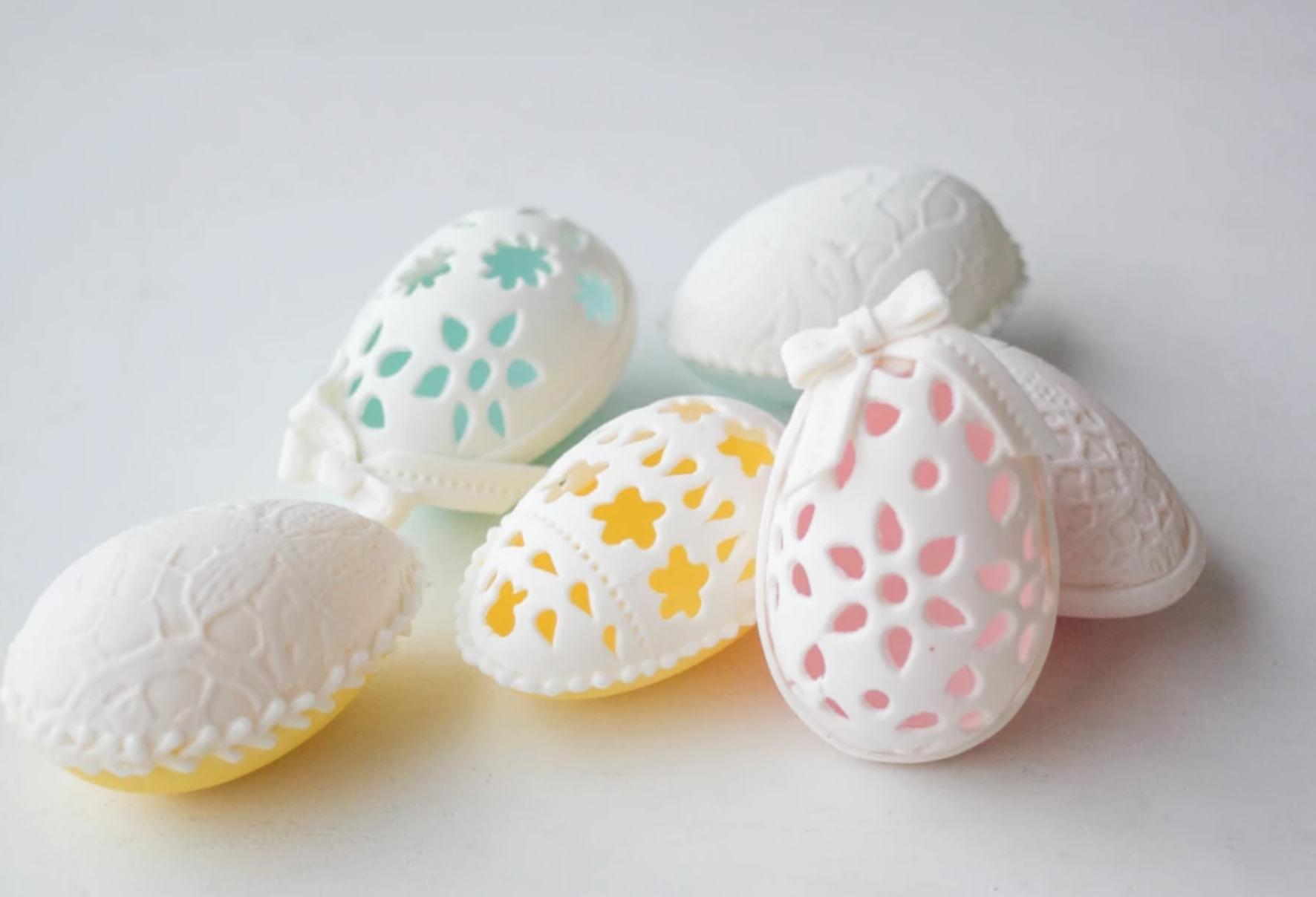 gum paste egg
