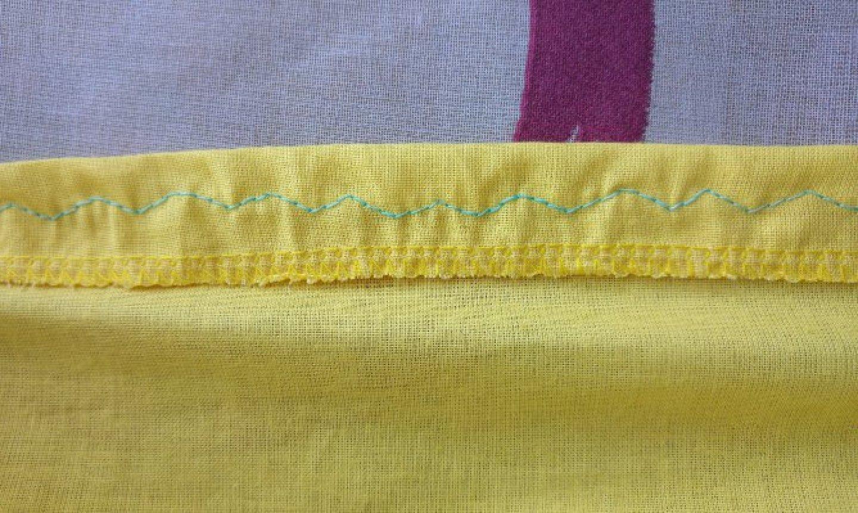 Zigzag pattern on fabric