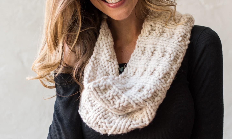 Woman wearing a white scarf